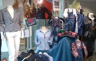 Boutique de vente de vêtements d'occasion