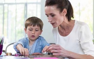 Garde d'enfant et aide aux devoirs